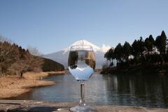 グラスの中の逆さ富士