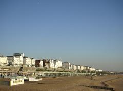 海の見える街