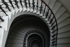 貝または階段