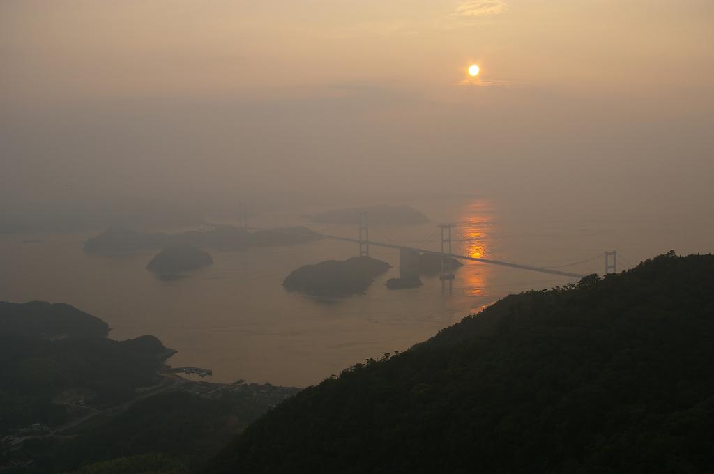 瀬戸しまなみ海道の夕日