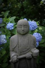紫陽花と地蔵菩薩