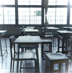 教室を照らすヒカリ
