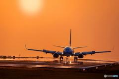 薄暮の空港2