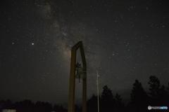 鶴姫公園の幸せの鐘と天の川