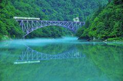只見線、緑の橋。