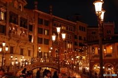 ヴェネツィアン・ゴンドラ乗り場付近の夜