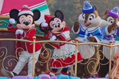 ディズニー・クリスマス・ストーリーズの可愛いダンス!