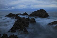 晩秋の荒波