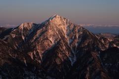 朝日に染る甲斐駒ヶ岳