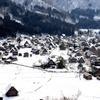 雪化粧の白川郷