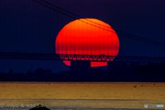 sunset over Akashi-Kaikyo Ohashi bridge.