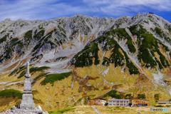 立山連峰と立山室堂山荘