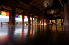 秋の長谷寺・本堂