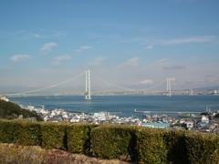 早春の明石海峡大橋