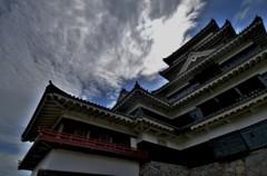 松本城迫る