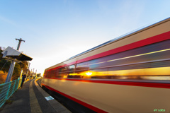 Ver-13 国鉄色列車が通ります 快速列車の通過です