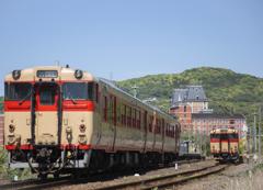 国鉄色列車が通ります 久しぶりの低PM2.5 (合成です)