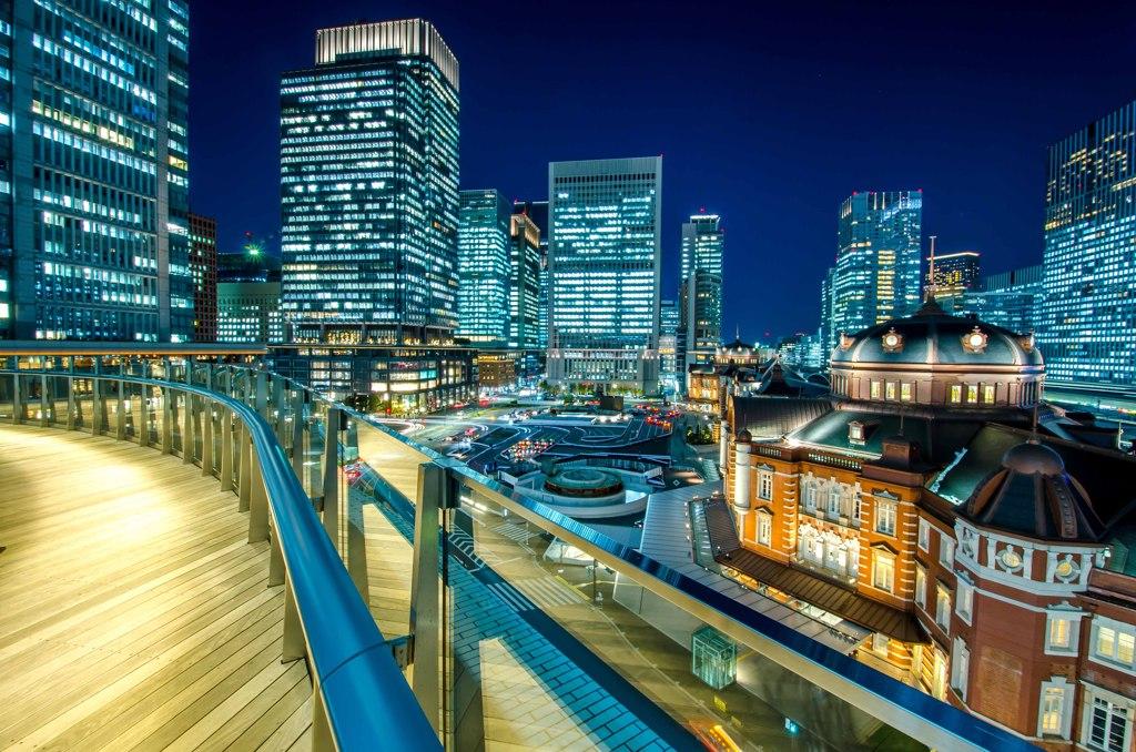 KITTEからの東京駅