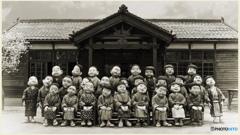 ジオラマ『 明治の小学校 50年後の未来 』