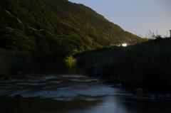 ホタル祭りを終えた川