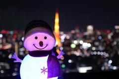 東京タワーを脇役に