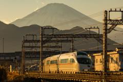 夕焼け富士山ロマンスカー①