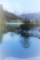 冬の素波里湖