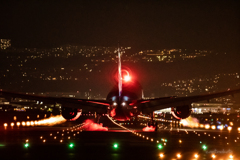 ピカッ!!(。✪Д✪)飛行機夜景愛好会