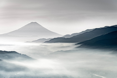 水墨の富士