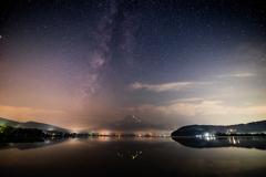 山中湖からの天の川