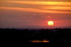 インドシナ半島に陽は落ちて...