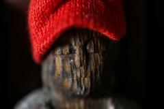 相貌 赤い帽子