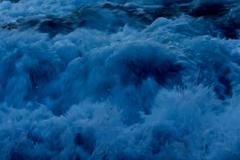 塩瀬崎 崩れ行く波