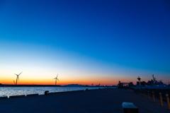 土崎港夕景 岸壁から