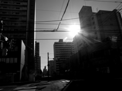 6丁目の朝日