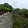 津山城の石垣と緑
