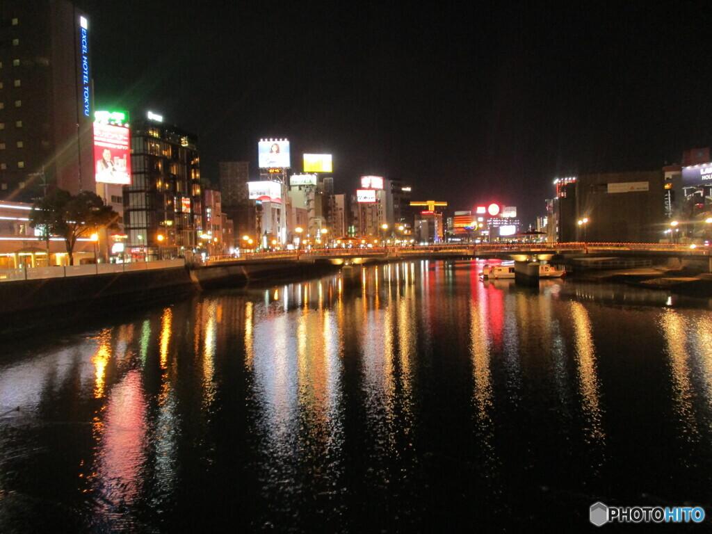 福岡中州の夜 ①