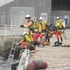 寒い中のダイバーによる救助訓練⑥