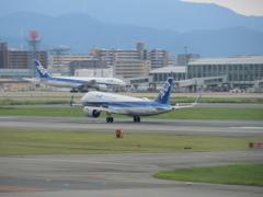 ANA  A320neo  福岡空港ランディング ②