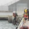 寒い中のダイバーによる救助訓練⑧