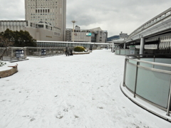 雪の街中 ④