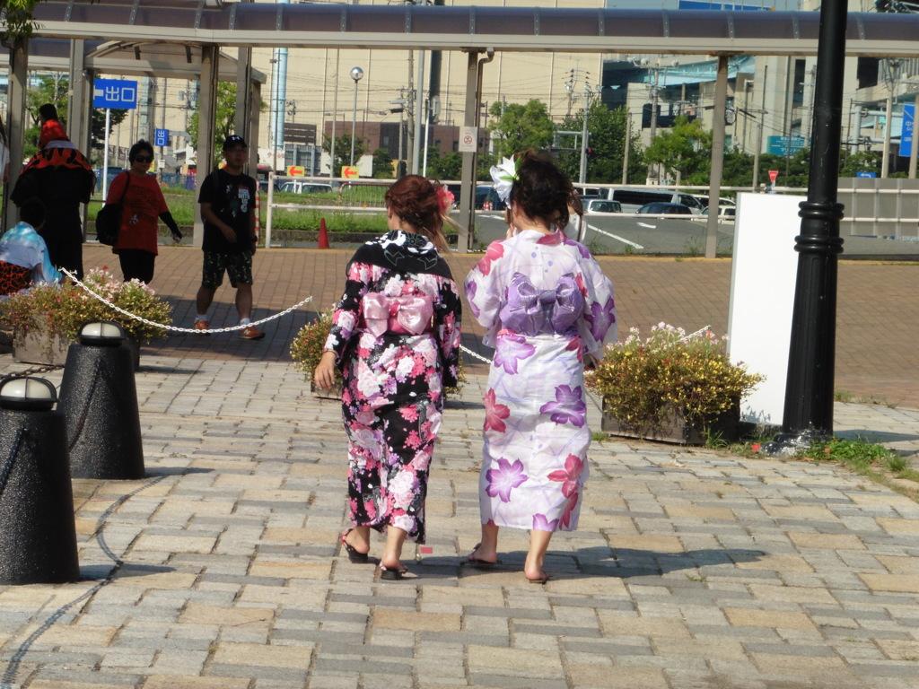 大濠花火大会の浴衣姿の女性