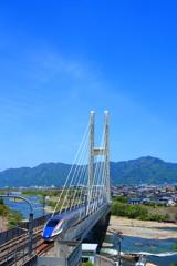 長野新幹線とハープ橋