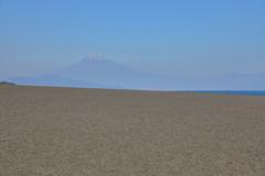 三保の砂浜