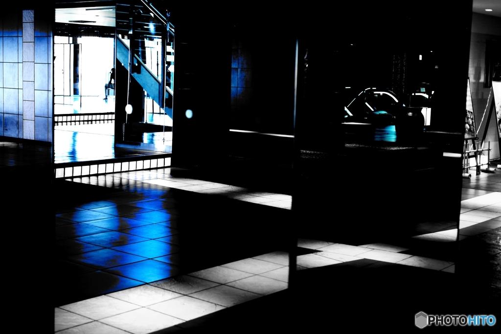 空間 blueな