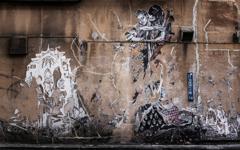 山谷の壁画