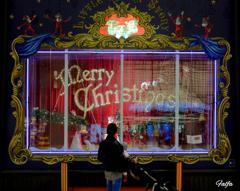 街はクリスマスの装い