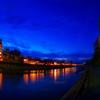 鴨川に輝く明かり