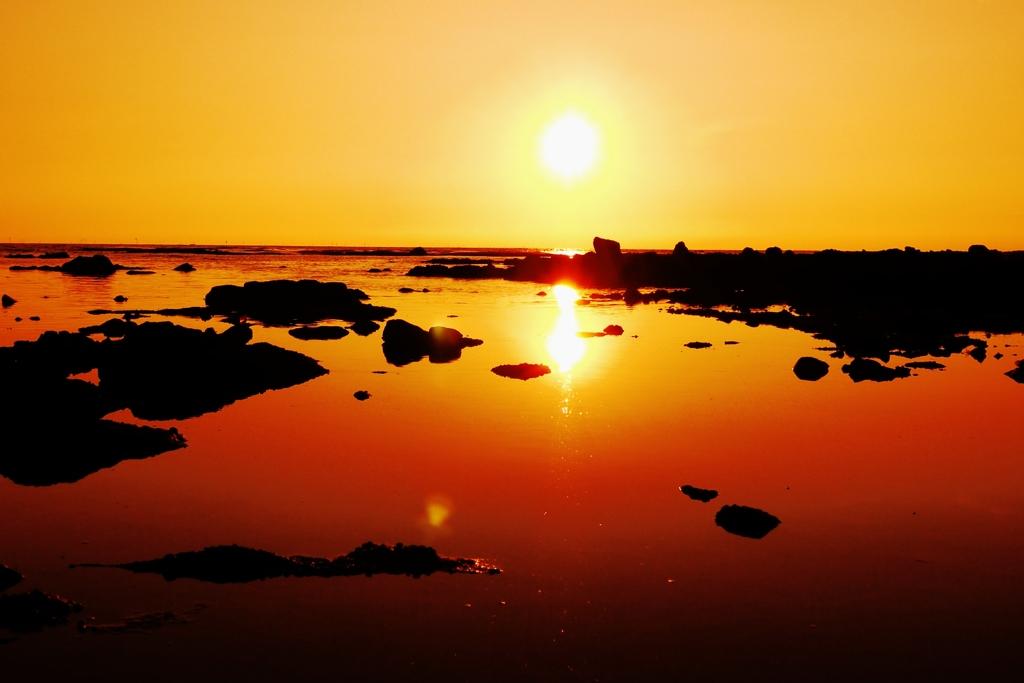 静寂の洛陽日本海