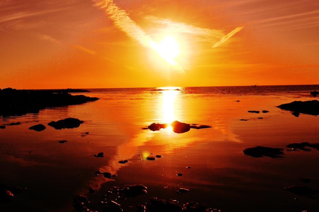 海の紅葉  能登  夕景